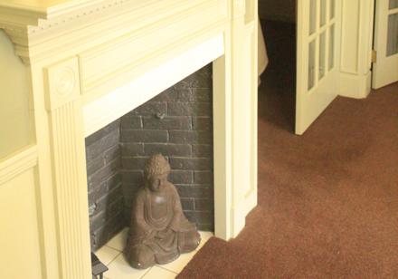 Fireplace statue floor view